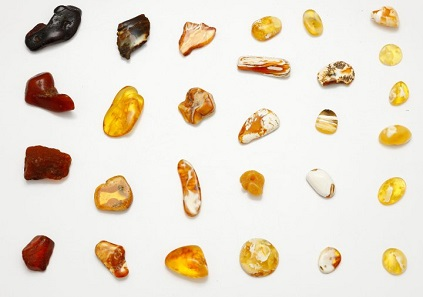 Characteristic of the Baltic region: amber stones, revealing unique colors.