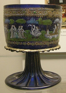 A cup made of Murano glass. Second half of the 15th century. Photograph: Sailko / http://creativecommons.org/licenses/by-sa/3.0