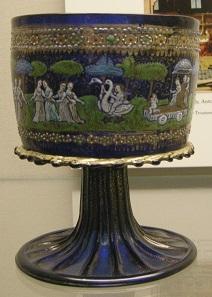 Ein Becher aus Murano-Glas. Zweite Hälfte des 15. Jahrhunderts. Foto: Sailko / http://creativecommons.org/licenses/by-sa/3.0