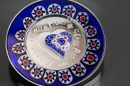Mit modernsten Verfahren verbindet Coin Invest Trust die Techniken der Glasherstellung, wie sie schon den alten Ägyptern bekannt waren, mit der Münzprägung.