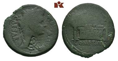 Los 146: Augustus. AE-As, 8/3 v. Chr., Lugdunum. BMC 550; RIC2 230. Grüne Patina, gering erhalten, Gegenstempel fast sehr schön. Schätzpreis: 500 Euro.
