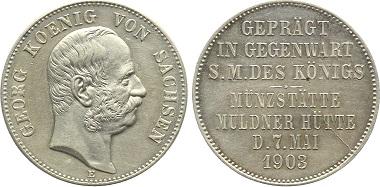 SACHSEN. Königreich. Georg, 1904-1918. Silber-Medaille 1903 in 2-Mark-Größe auf den Münzbesuch des Königs. Fast Stempelglanz, üblicher Stempelfehler. Bestell-Nr. J131 für 2.450 Euro.