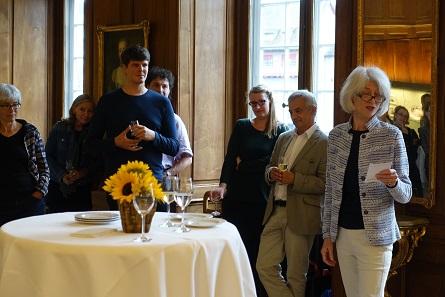 Hortensia von Roten holding a speech at her farewell celebration. Photo: UK.
