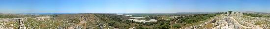 View over Euryalus Castle. Photo: Salvo Cannizzara / Wikipedia.