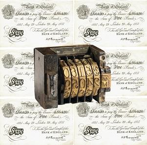 Gemeingefährliches Geld: Gefälschte 5-Pfund-Note und Seriennummernstempel der