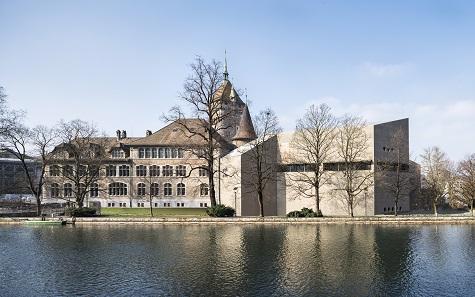 Das Landesmuseum Zürich: Ensemble aus Alt und Neu. Blick vom Neumühlequai im Januar. © Roman Keller