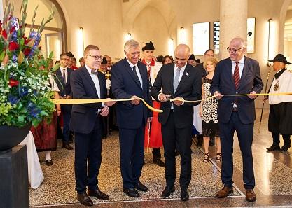 Bundesrat Alain Berset eröffnet den Neubau des Landesmuseums offiziell.