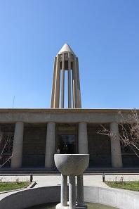 Das Mausoleum von Avicenna. Foto: KW.