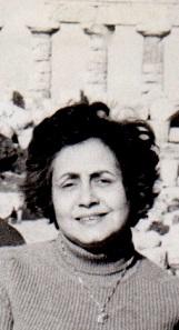 Aldina Cutroni Tusa in front of Temple C in Selinus. Photo: Family archives Tusa.