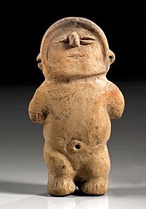 Los 98: Hohlfigur eines stehenden Mannes mit verkürzten Armen und Beinen. Ecuador, Machalilla Zentrale Küste. Ca. 1500-1000 v. Chr. Taxe: 1.750 EUR.