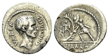 Lot 386: C. Numonius Vaala. Denarius circa 41. Very rare. Very Fine. From the E.E. Clain-Stefanelli Collection. Starting bid: £ 400.