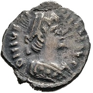 Vitiges, 536-541. 1/2 siliqua, in the name of Justinian, Ravenna. very fine / extremely fine.