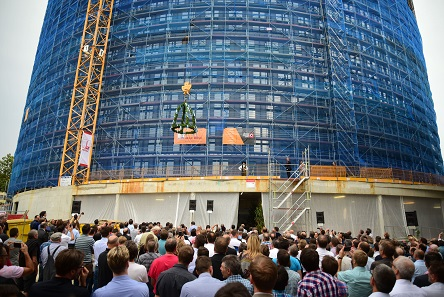The well-attended topping-out ceremony for the Schuler Innovation Tower. Photo: Schuler.