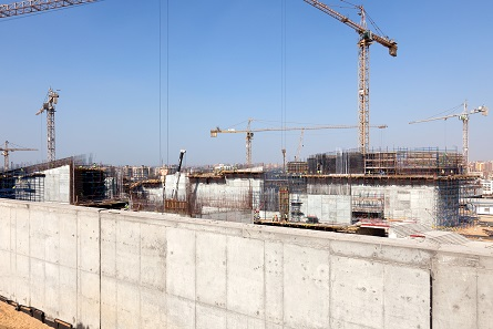 Building the Grand Egyptian Museum. Photo: Roland Unger 2015 / Wikipedia.