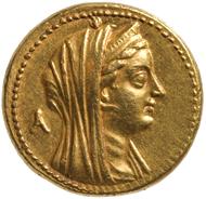 Sog. Mnaion (entspricht 100 Silberdrachmen), Ptolemaios II. Philadelphos für Arsinoe II. geprägt zw. 253-246 v. Chr. in Ägypten. Achtfache Golddrachme = 100 Silberdrachmen (27,95 g). Inv.-Nr. GR 23513, Dm. 27,95 mm. © KHM-Museumsverband.