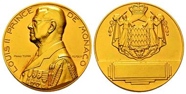 Lot 135: MONACO. Louis II, 1922-1949. Gold medal, Pierre Turin (1944). De Vos M15. 3rd known specimen. FDC. Estimate: 8,000,- euros.
