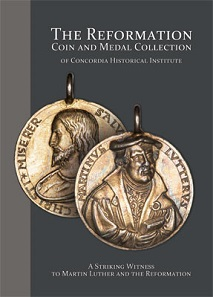 Daniel Nathan Harmelink (Hg.), The Reformation: Coin and Medal Collection of Concordia Historical Institute. A Striking Witness to Martin Luther and the Reformation. Concordia Publishing House, Saint Louis, Missouri (2016). 309 S. durchgehend farbig illustriert. 23 x 31 cm. ISBN 1-800-325-3040. 59,99 $ (zuzüglich Porto und Versand).