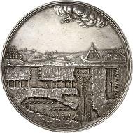 Los 1464: Sachsen, Kurfürstentum. Johann Georg III., 1680-1691. Silbermedaillon zu 8 Reichstalern 1690, von M. H. Omeis, Ausbeute der Gruben St. Anna und Altväter. Sehr selten. Vorzüglich. Taxe: 2.500 GBP. Zuschlag: 9.000 GBP.