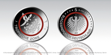 The new 5-euro coin with a red polymer ring. Photo: Federal Office for Central Services and Unresolved Property Issues.