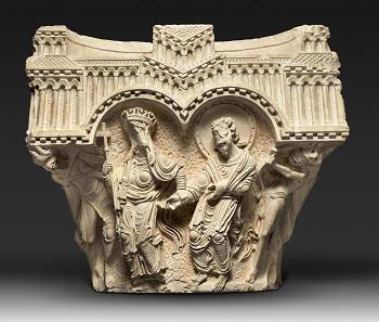 The Virgin and Apostle Capital 101e. The Saint Matthew Capital. Early 1170s. Limestone. 241/2°- 28 3/8° - 13 3/8 in. (62 °- 72 °- 34 cm). Terra Sancta Museum, Basilica of the Annunciation, Nazareth. Image: © Marie-Armelle Beaulieu /Custodia Terræ Sanctae.