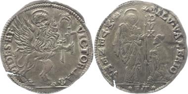 I08-429: Italien-Venedig. 10 Lire ohne Jahr (1694) FT Silvestro Valier. Dav. 4287; Mont. 55. Schrötlingsfehler, Schrötlingsriss, ss-vz. 950 Euro.