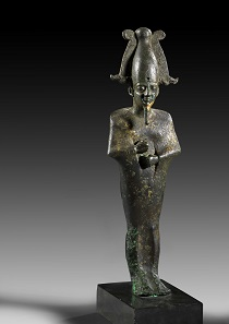 739: Statue of Osiris. Bronze with gold plating. Late period. H. 25,6 cm. Estimate: 5,000 EUR.