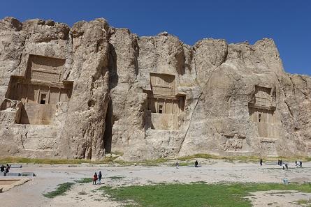 Die Königsgräber von Naqsh-i-Rustam. Foto: KW.