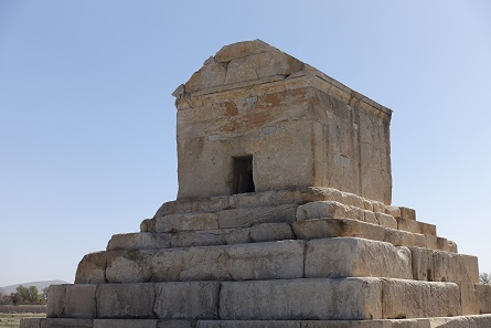 Entrance to the Tomb of Cyrus. Photo: KW.