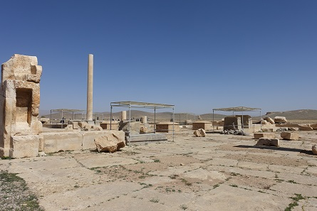 Not an awful lot has been left over from the ancient capital Pasargadae. Photo: KW.