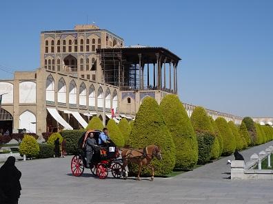 Look at the Safavid palace. Photo: KW.