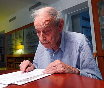 Arnold Spaer in 2010. Photo by Boaz Ziss.