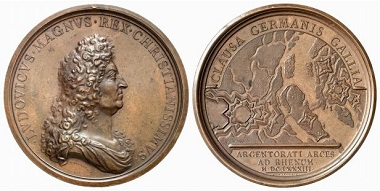 It was not only one fortification that protected the city of Strassburg but several of these, featured on this medal from a bird's eye perspective. From Baums Collection, Künker sale 116 (2006), No. 4049.
