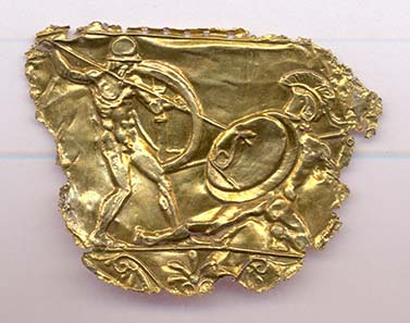Decoration from a shield. Gold, ca. 430-420 BC. Photo: © Hellenic Ministry of Culture and Tourism - Archaeological Receipts Fund.