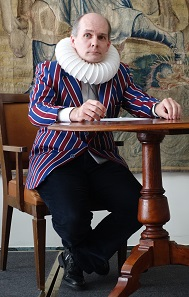 Bernhard Woytek as Ioannes Vegetius, a dealer in ancient objects. Photo: UK.