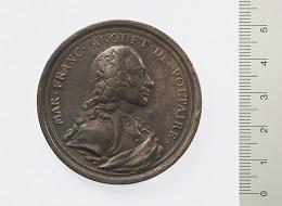 Voltaire, Medaille von Johann Melchior Mörikofer, 1757. Foto: Bernisches Historisches Museum.