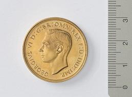 Georg VI. von Großbritannien, 2 Pfund, 1937. Foto: Bernisches Historisches Museum.