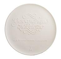Die große Porzellanmedaille wurde 1973 von Manfred Wünsche gefertigt und feiert Felix Mendelssohn Bartholdy und das Leipziger Gewandhaus.