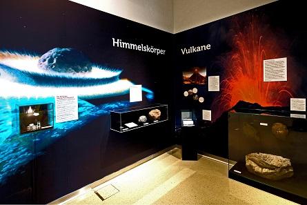 Der Ausbruch des Vulkans Tambora in der Ausstellung. © Helmut Lackinger.