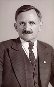 Mayor Michael Unterguggenberger (1884-1936), initiator and heart and soul of the Wörgl Experiment.