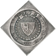 Nuremberg, klippe-shaped silver medal 1917 by L. Chr. Lauer on the 400th anniversary of the Reformation. Estimate: 300 euros. From Künker sale 297 (September 27, 2017), No. 3631. – Only 10 silver specimens of this medal were struck.