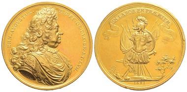 Nr. 220: Deutschland. Osnabrück. Ernst August, Bischof 1662-1698. Goldmedaille zu 50 Dukaten 1691 von Arvid Karlsteen. Vorzüglich. Taxe: 15.000,- Euro.