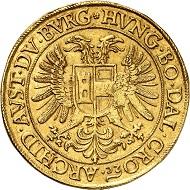 Nr. 1296. RDR. Matthias II., 1608-1619. 10 Dukaten o. J., Prag. Goldabschlag von den Stempeln des Dreikaisertalers. Äußerst selten. Fast vorzüglich. Taxe: 60.000 Euro.