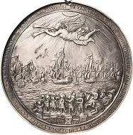 Los 978: Niederlande. Wilhelm III., 1650-1702. Silberne Hohlgußmedaille 1688 (O. Müller). Auf die Invasion von England durch Wilhelm III. beginnend in Hellevoetsluys am 11. November 1688. Vorzüglich. Schätzpreis: 4.000 Euro.