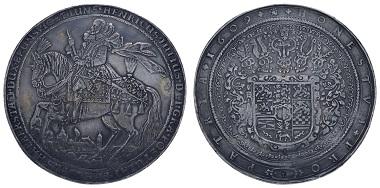 Los 502: Braunschweig-Wolfenbüttel. Heinrich Julius, 1589-1613, Löser zu 5 Talern, Münzmeister Heinrich Oeckeler. Fast vorzüglich. Ausruf: 8.000 Euro.