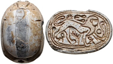 Lot 1004: Egypt, New Kingdom, 1550-1077 BC. Steatite scarab. Chipped in areas, otherwise good condition. Estimate: 200 USD.