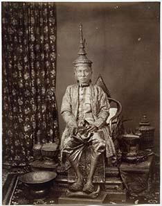 Fotographie Mongkuts nach seiner Krönung als Rama IV. Quelle: Wikipedia.
