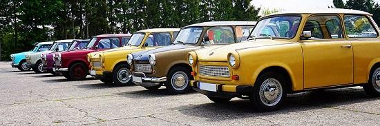 Egal, welche Farbe – der Trabi begeistert bis heute viele Autoliebhaber. Foto: Kira Hoffmann / Wikipedia.