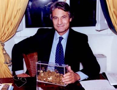 Der italienische Journalist Dottore Sandro Sassoli, Begründer des UFWC.