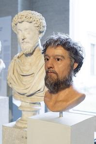 Marcus Aurelius: Das antike Vorbild und seine moderne Rekonstruktion. Theaterakademie August Everding; Studiengang Maskenbild – Theater und Film. © Thomas Dashuber.