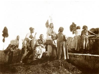 Wilhelm von Gloeden, Bauernfamilie aus Taormina, um 1880/1885.